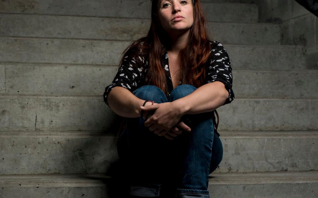 Flora Beillouin, chargée de projet de l'ESJ, journaliste et illustratrice